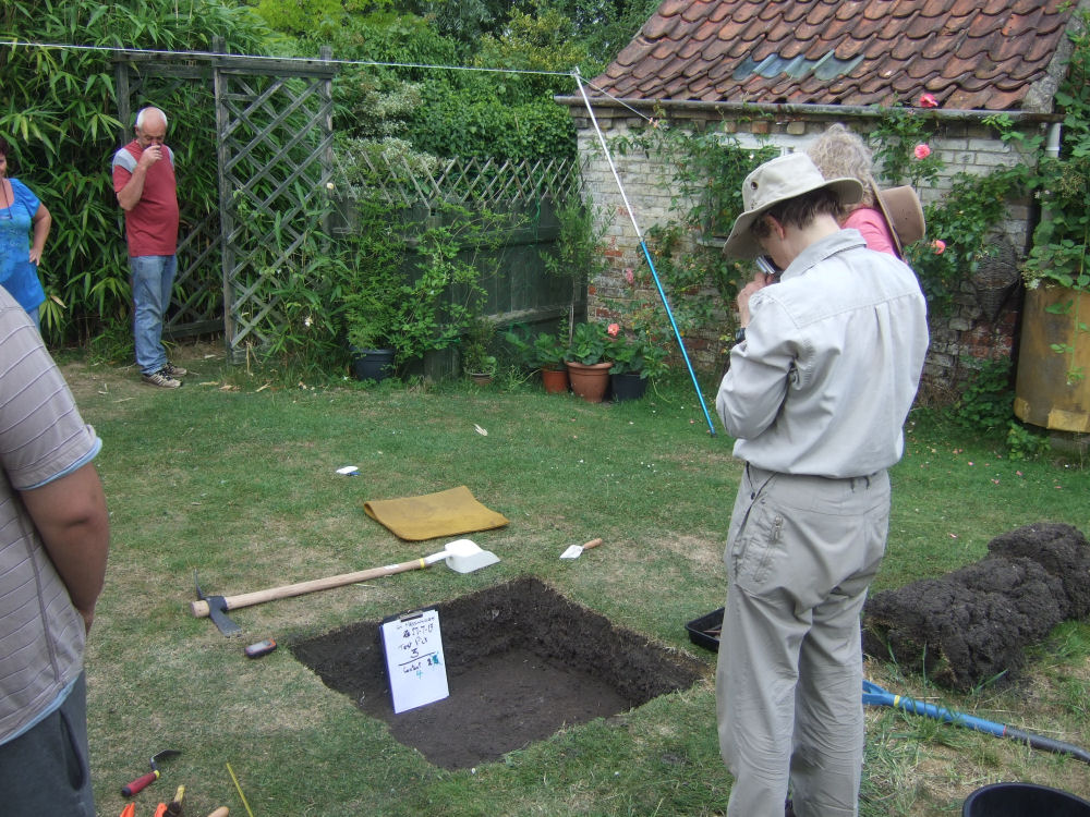 Digging a Test Pit in Greast Massingham